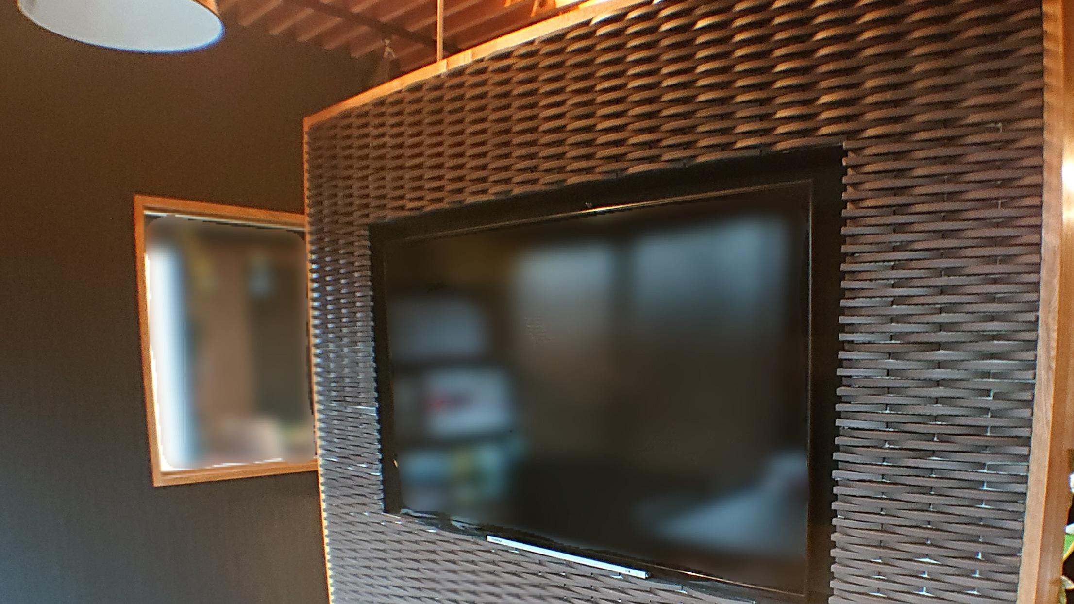 テレビを壁に収納・埋め込みテレビ