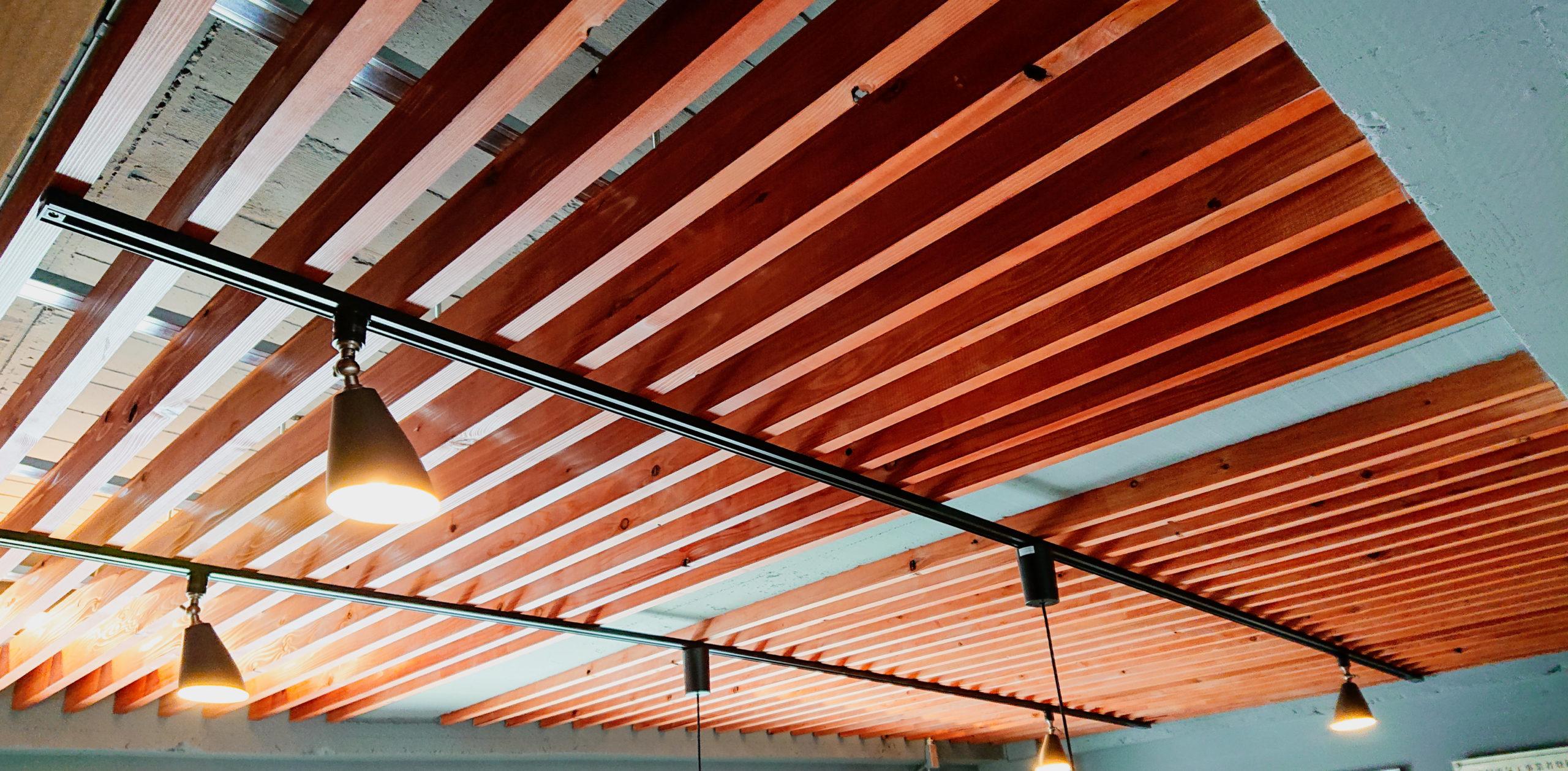 デザインのある天井~築年数50年以上・賃貸戸建て物件の全面リノベーション~