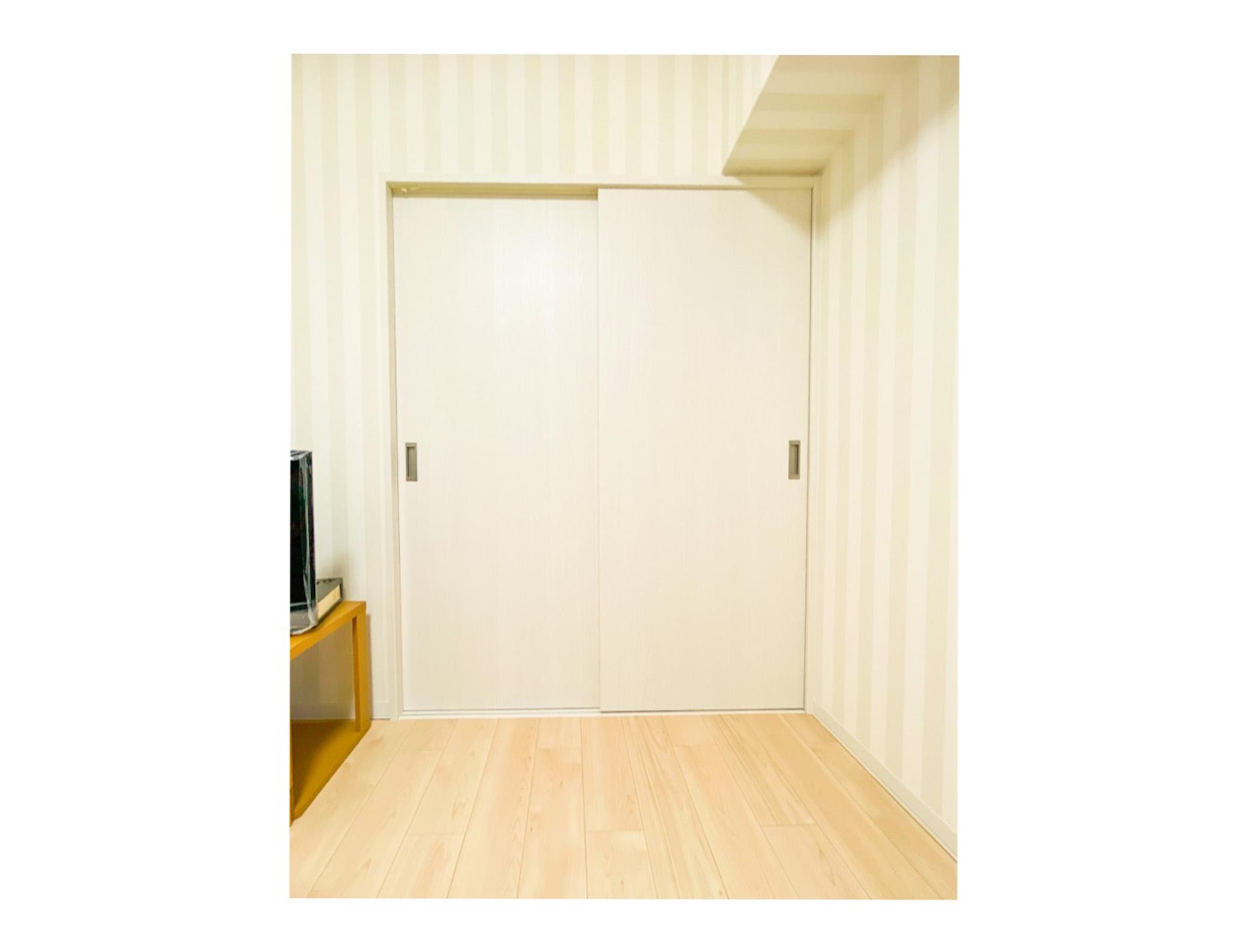 押入れから洋室収納へリフォーム(神戸市中央区マンション事例)