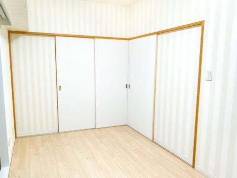 襖の敷居・鴨居をそのまま利用した建具の新設