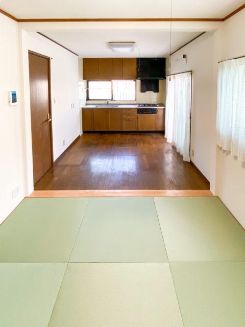 クロス(壁紙)貼替えとリビング壁解体で、和室のある広々リビングへリフォーム