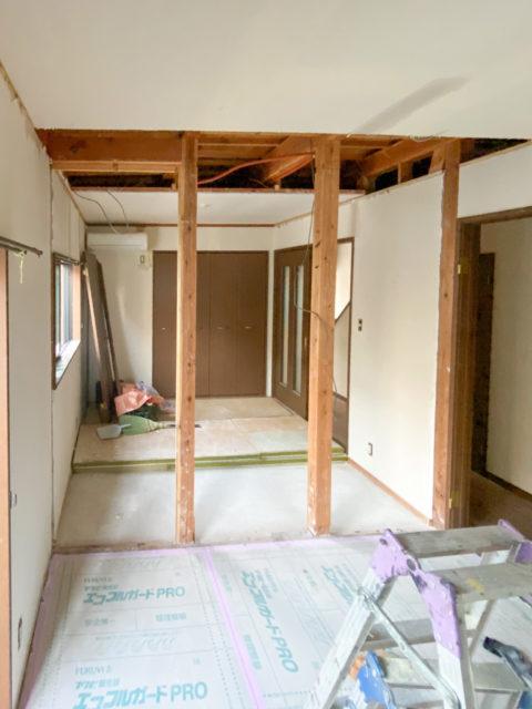 壁の解体2・リビングの壁を撤去して、和室のある広々リビングダイニングキッチンへリフォーム